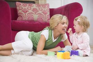 Játékos otthoni nyelvelsajátítás babáknak, kisgyerekeknek